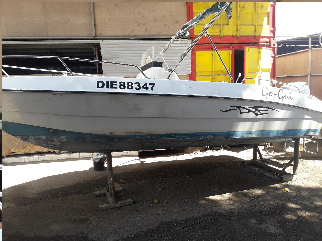 coque bateau en l'état